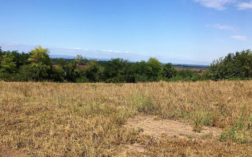 Panorámás szántó Siófok Kiliti városrészén